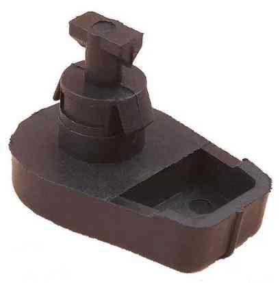 Фиксатор верхней крышки для бензопилы Штиль Stihl 250