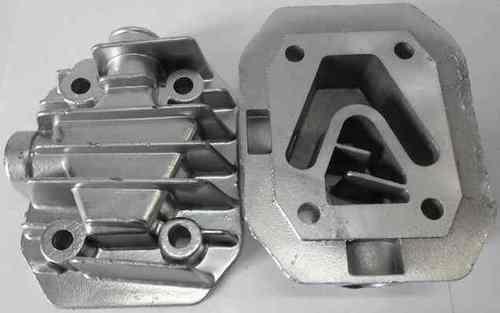Головка цилиндра компрессора АС-151(расстояние меджу центрами отверстий болтов 48мм и 72мм)