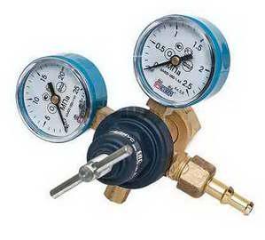 Редуктор кислородный БКО-50-12,5 (давл. 20/1,25 МПа; 50 м3/ч; ф9 мм)(РЕДИУС 168)